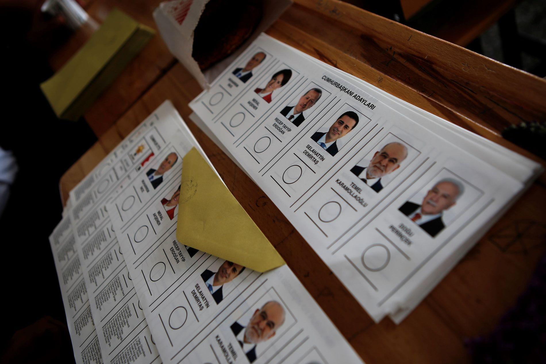 KANDIDATENE: Seks personer stiller som kandidater til presidentvalget. Tyrkia skal også velge nytt parlament.