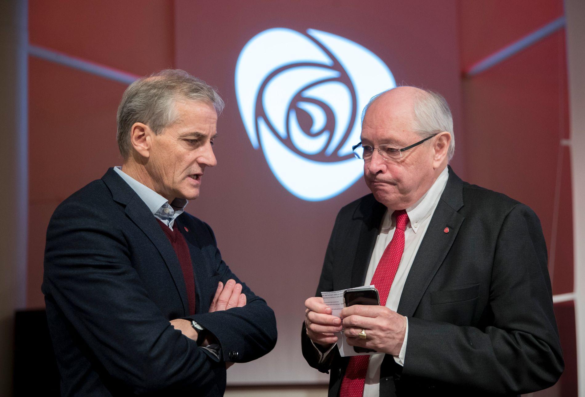 UTPEKTE STØRE: Martin Kolberg, som ledet valgkomiteen som i 2014 innstilte Jonas Gahr Støre (til venstre) som leder i Arbeiderpartiet.
