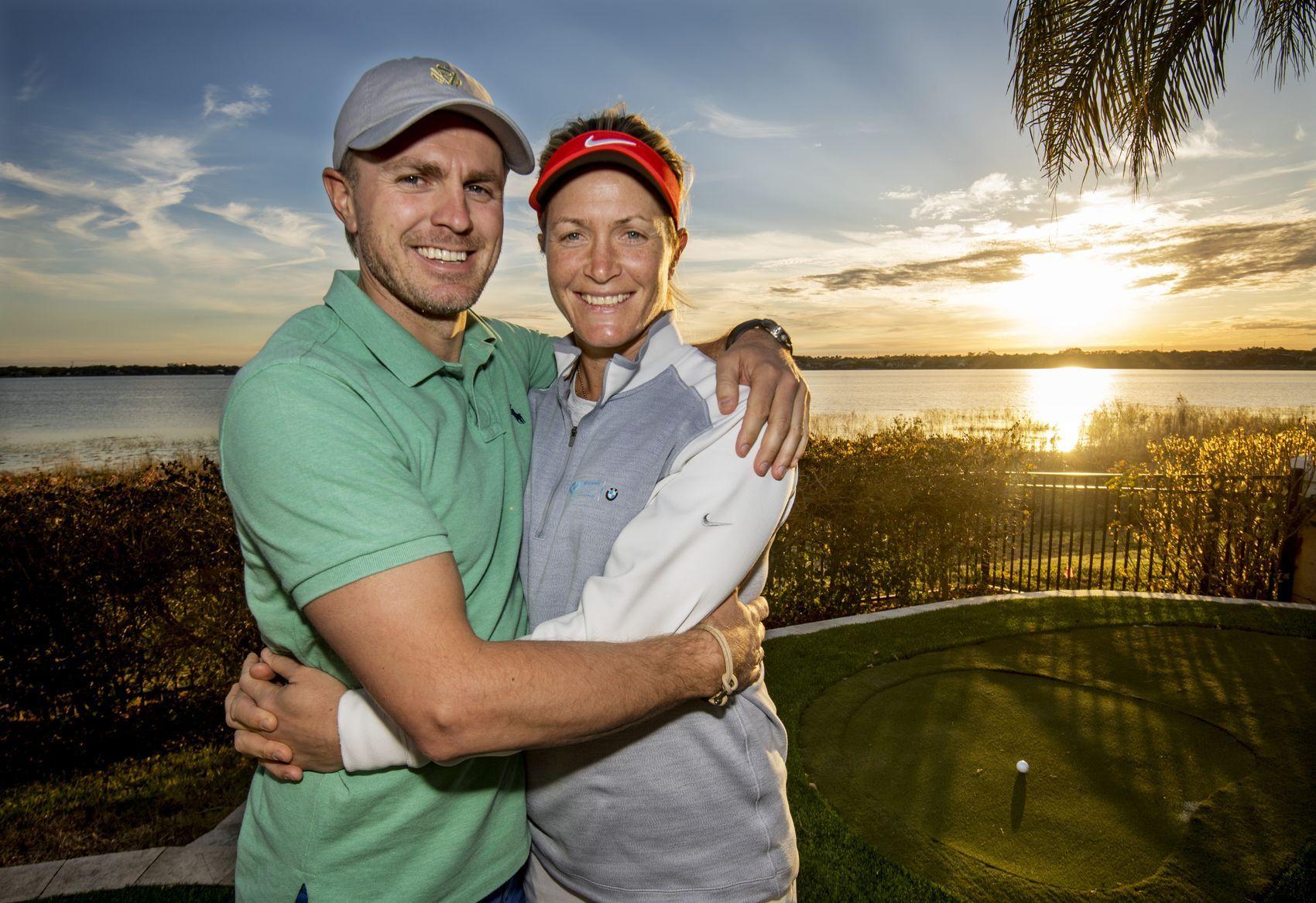 LYKKELIG PAR: Suzann Pettersen og Christian Ringvold fortalte VG den gledelige nyheten hjemme i Orlando i mars. Foto: HELGE MIKALSEN, VG