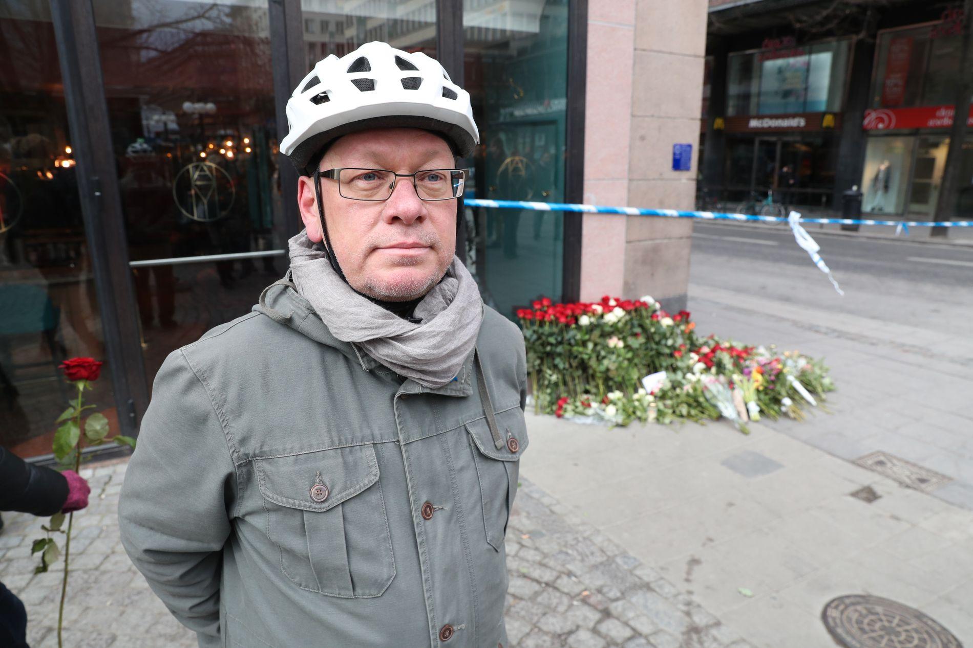 BEVEGET: Thomas Hofman (54) er i Stockholm sentrum for hedre terrorofrene. Foto: HALLGEIR VÅGENES