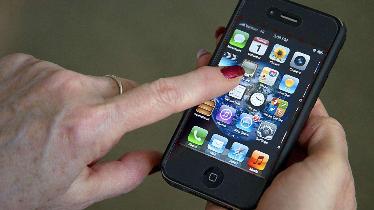Slik sjekker du om din iPhone lader er brannfarlig