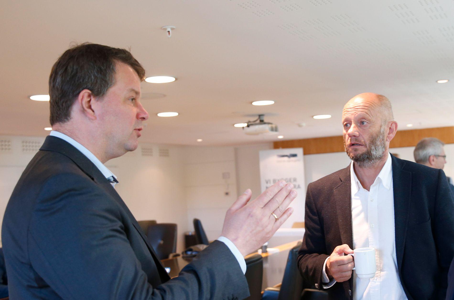 EØS-FEIDE: LO-leder Hans-Christian Gabrielsen og leder i Norsk Industri (NHO), Stein Lier-Hansen, er i tottene på hverandre.