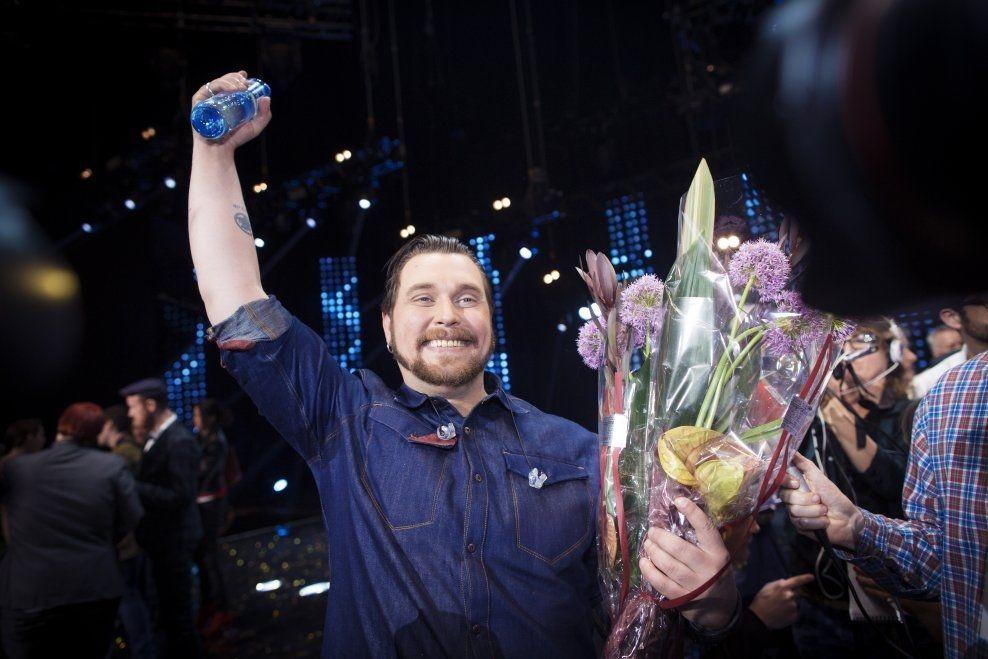 OPPTUR: Carl Espen Thorbjørnsen jublet da han vant Grand Prix-finalen 15. mars. Foto: KYRRE LIEN