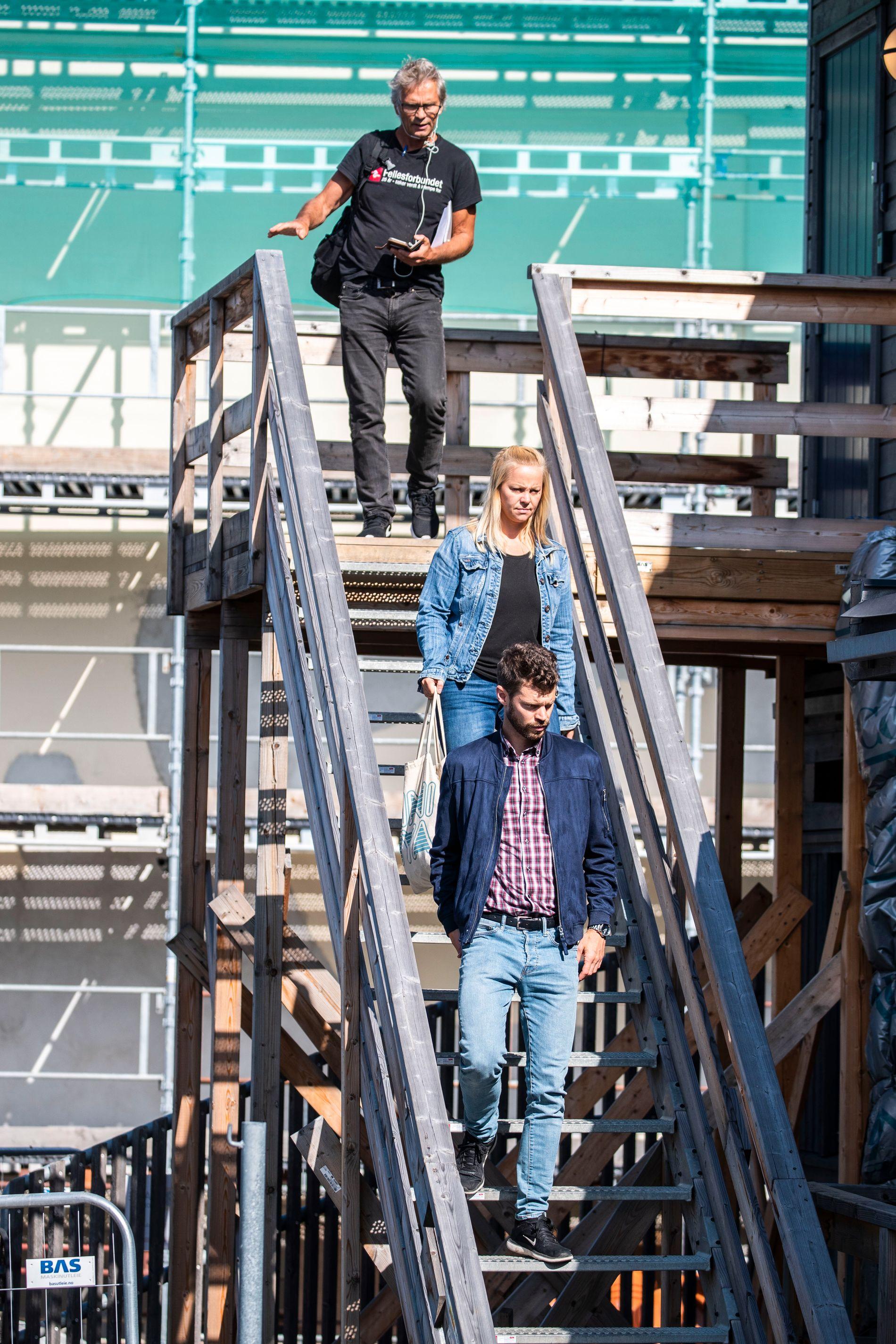 PÅ JAKT: Bjørnar Moxnes (foran), førstekandidat for Rødt til bystyret i Oslo, Eivor Evenrud, og Boye Ullmann er på jakt etter ulovligheter.