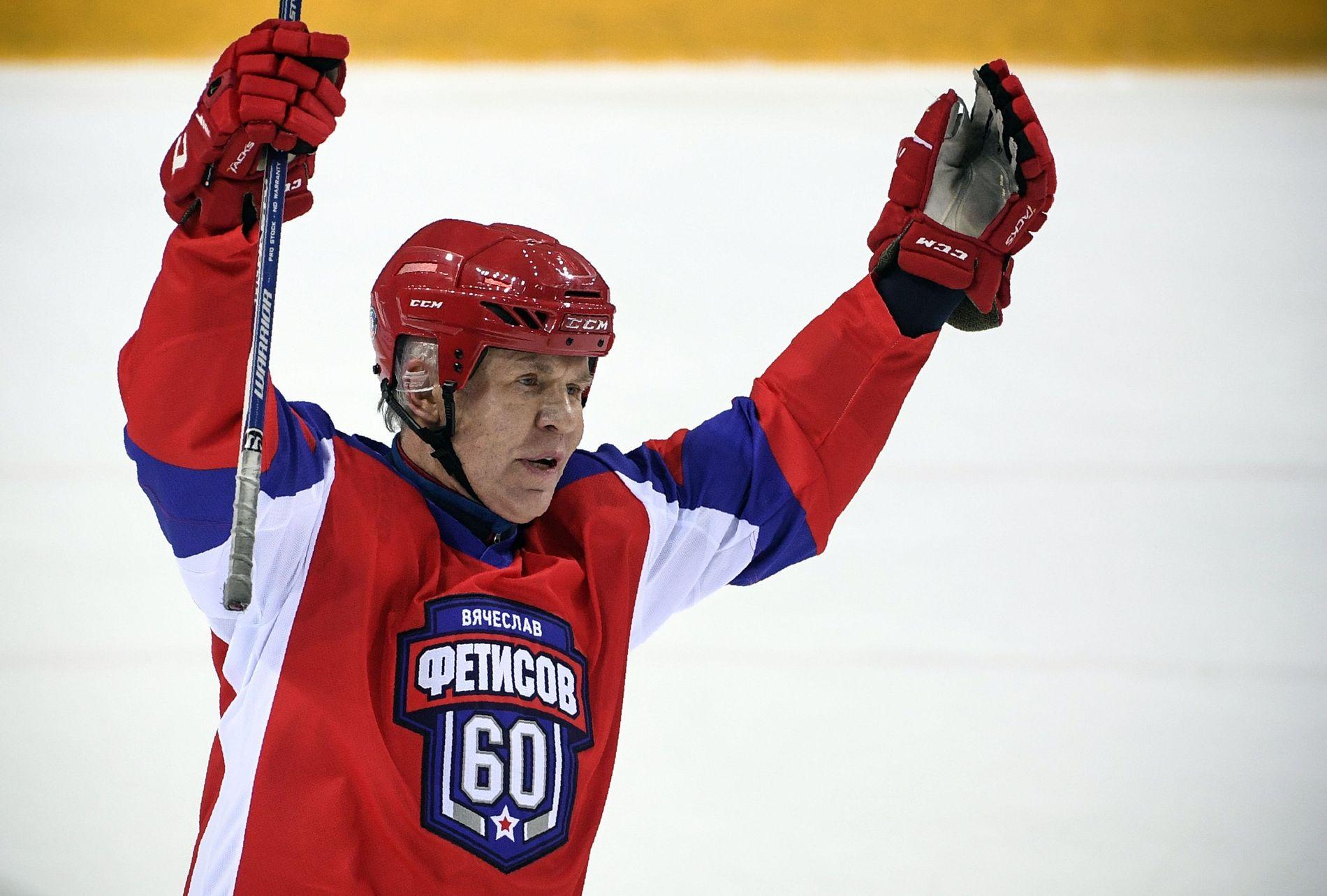 LEGENDE:  Vjatsjeslav Fetisov tok initiativet til toppkamp i hockey på Nordpolen, for klimaets skyld. HAn har invitert med seg en annen hockey-interessert russer, nemlig president Vladimir Putin.