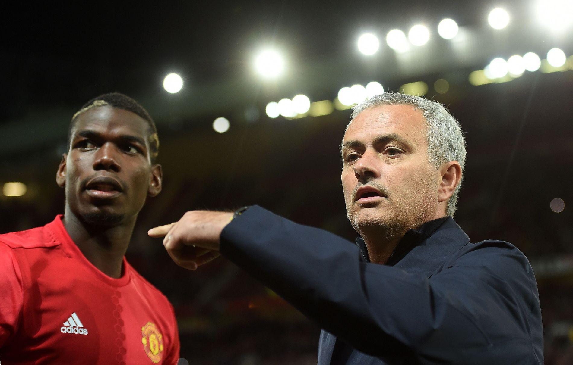 SKJØNN FORENING: José Mourinho og Paul Pogba er de beste av perlevenner, ifølge sistnevnte.