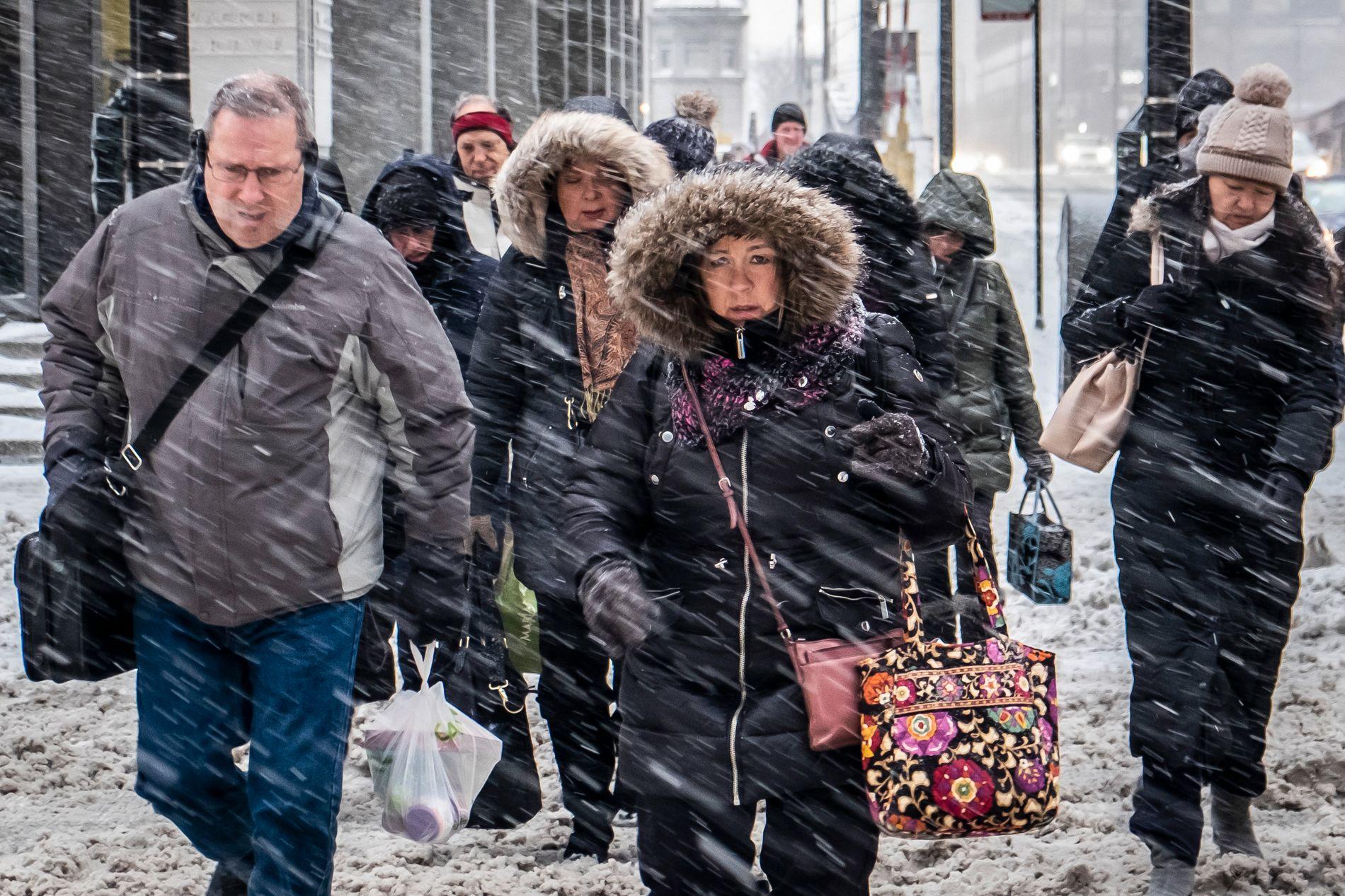KULDEREKORD? Innbyggerne i Chicago går kalde dager i møte. Ifølge meteorologene blir det kaldere i byen enn det er på Mount Everest denne uken.