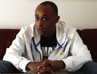 LØSLATES: Nokas-dømte Metkel Betew har ifølge dommen brukt forvaringstiden til å fullføre videregående skole og ta sosiologifag på universitetsnivå.