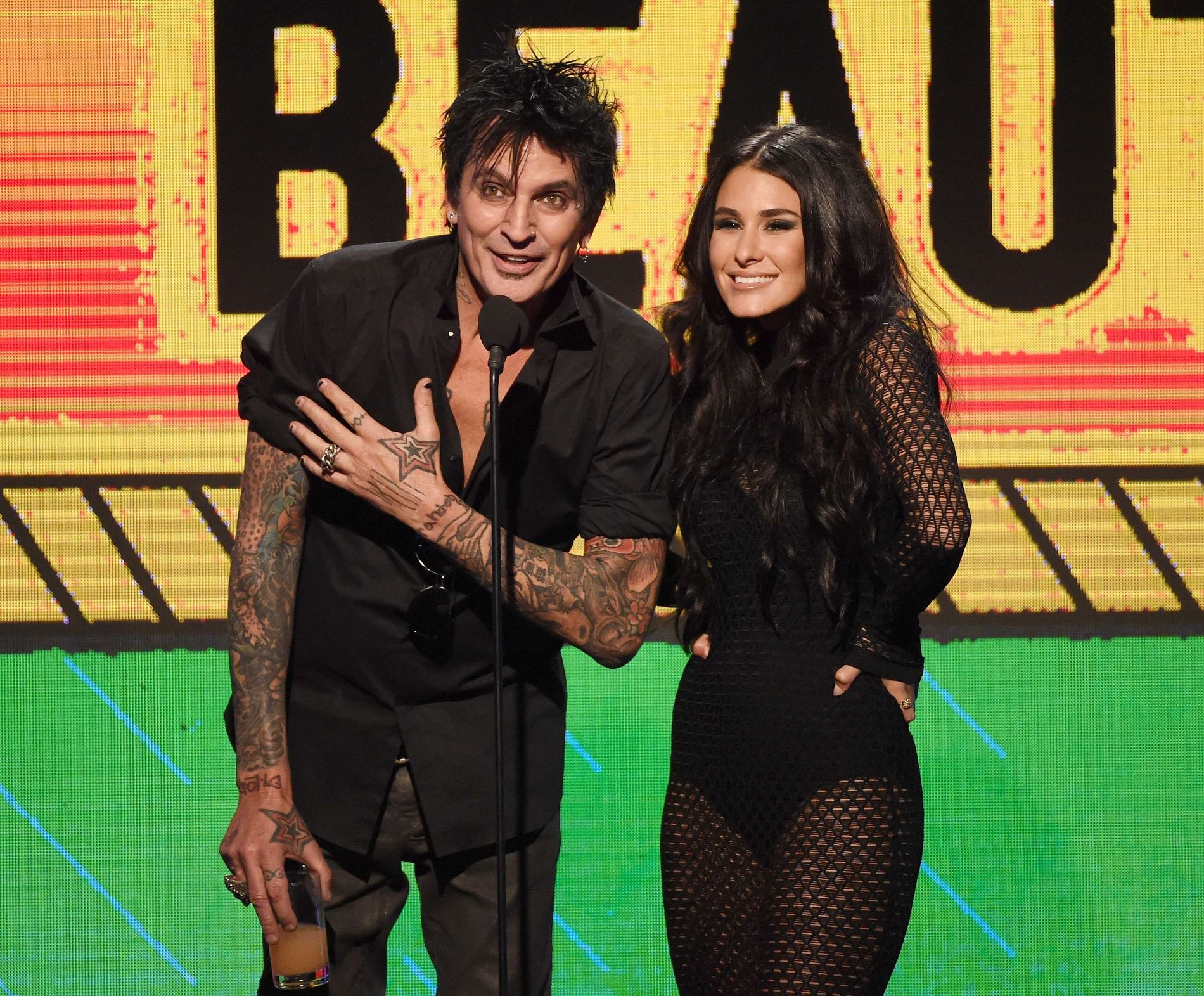 PAR: Tommy Lee og Brittany Furland på Streamy Awards i Beverly Hills i fjor.