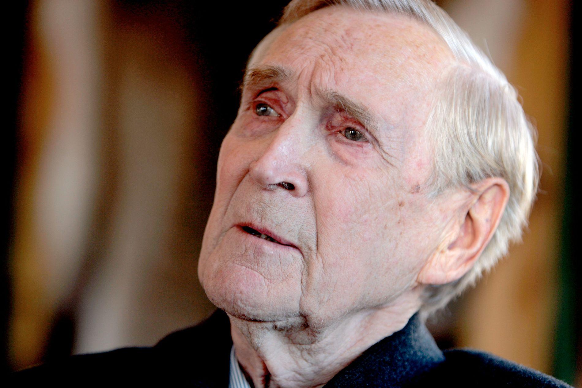 NORSK KRIGSHELT: Gunnar Sønsteby, som fikk kallenavnet «Kjakan», i møte med VG i 2006, seks år før han døde.