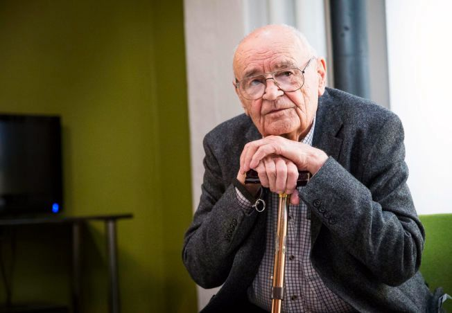 FORNØYD: 85 år gamle Václav Vorlíček besøkte Oslo i forrige uke for å ta en nytt på den nyoppussede versjonen av filmen sin – og han er godt fornøyd med det ferdige resultatet.