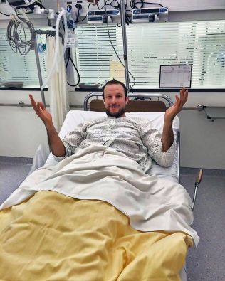 Aksel Lund Svindal har lagt ut dette bildet på sine sosiale medier-kontoer etter fallet i Kitzbühel. FOTO: PRIVAT