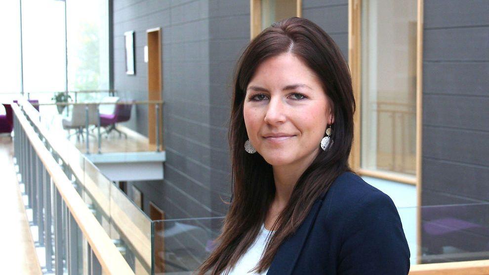 HAR FATTET ONECOIN-INTERESSE: Seniorrådgiver Silje Amble i Lotteritilsynet, som overvåker forbudet mot pyramidespill i Norge.