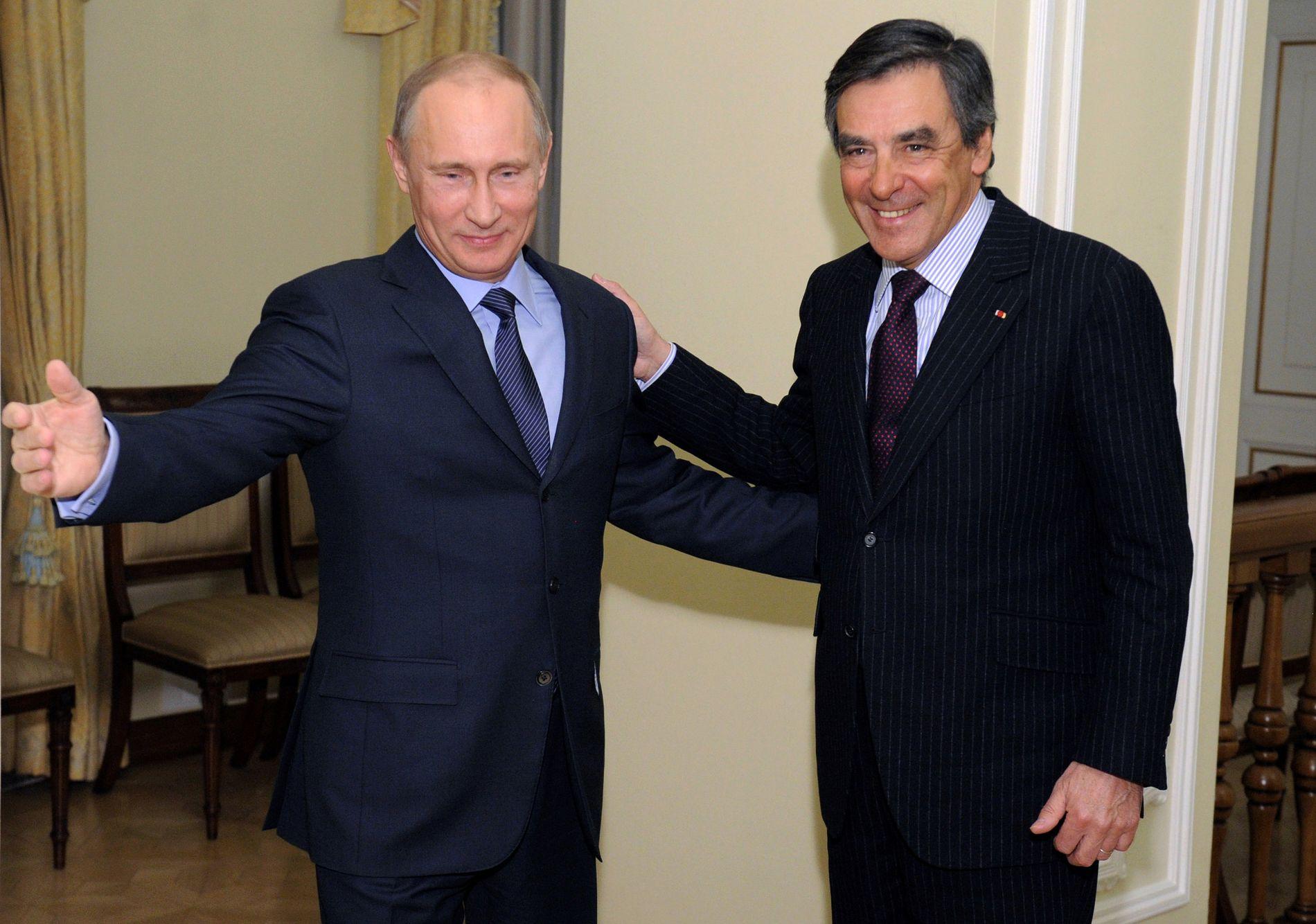 HAR BLITT VENNER: Vladimir Putin og François Fillon har utviklet et nært forhold. Fillon har tatt til orde for å få slutt på sanksjonene mot Russland.