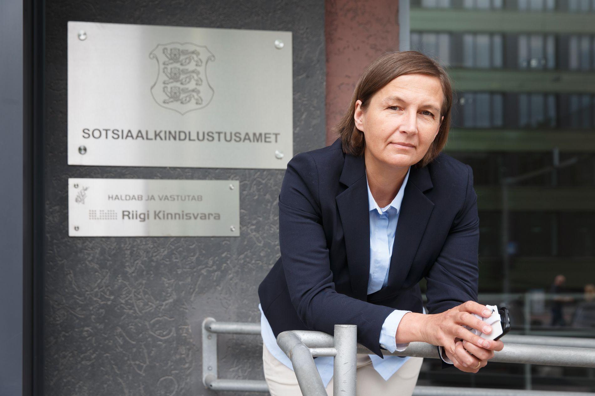 KREVER HANDLING: Rådgiver Ly Rüüs jobber med internasjonal adopsjon i den estiske Trygdeetaten.