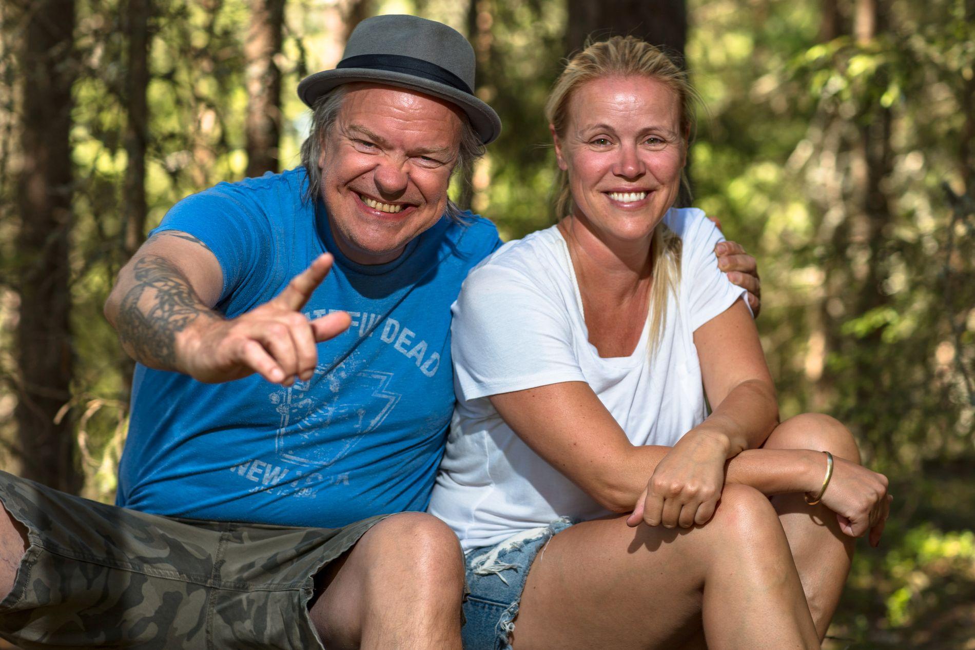 TV-KLARE: Alex Rosén og Johanna Grønneberg Mesa er utfordrerne i årets «Farmen kjendis».