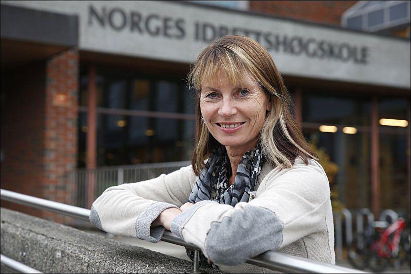 ANBEFALER: Rektor Kari Bø ved Norges Idrettshøgskole kommer her med treningsrådene som er vitenskapelig beviste.