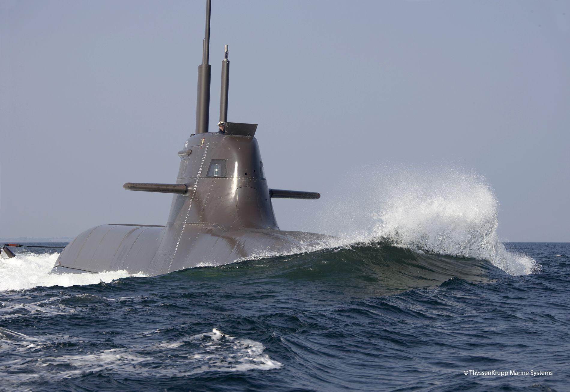 NYE UBÅTER: Norge har valgt å kjøpe fire nye ubåter av en type som baserer seg på den tyske ubåttypen 212. – Det er en oppgradering og den vil være litt lengre, forteller Joachim Schönefeld i TKMS.