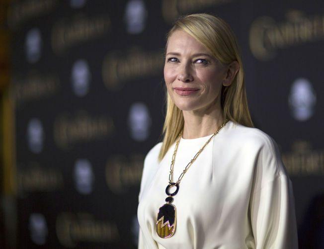 MOR TIL FIRE: Etter at hun og ektemannen nylig adopterte en liten jente, er Cate Blanchett blir mor til fire. Ekteparet har tre egne sønner fra før av.