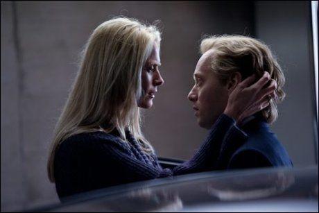 FENGER «DOWN UNDER»: Synnøve Macody Lund og Aksel Hennie i «Hodejegerne». Foto: Nordisk Film