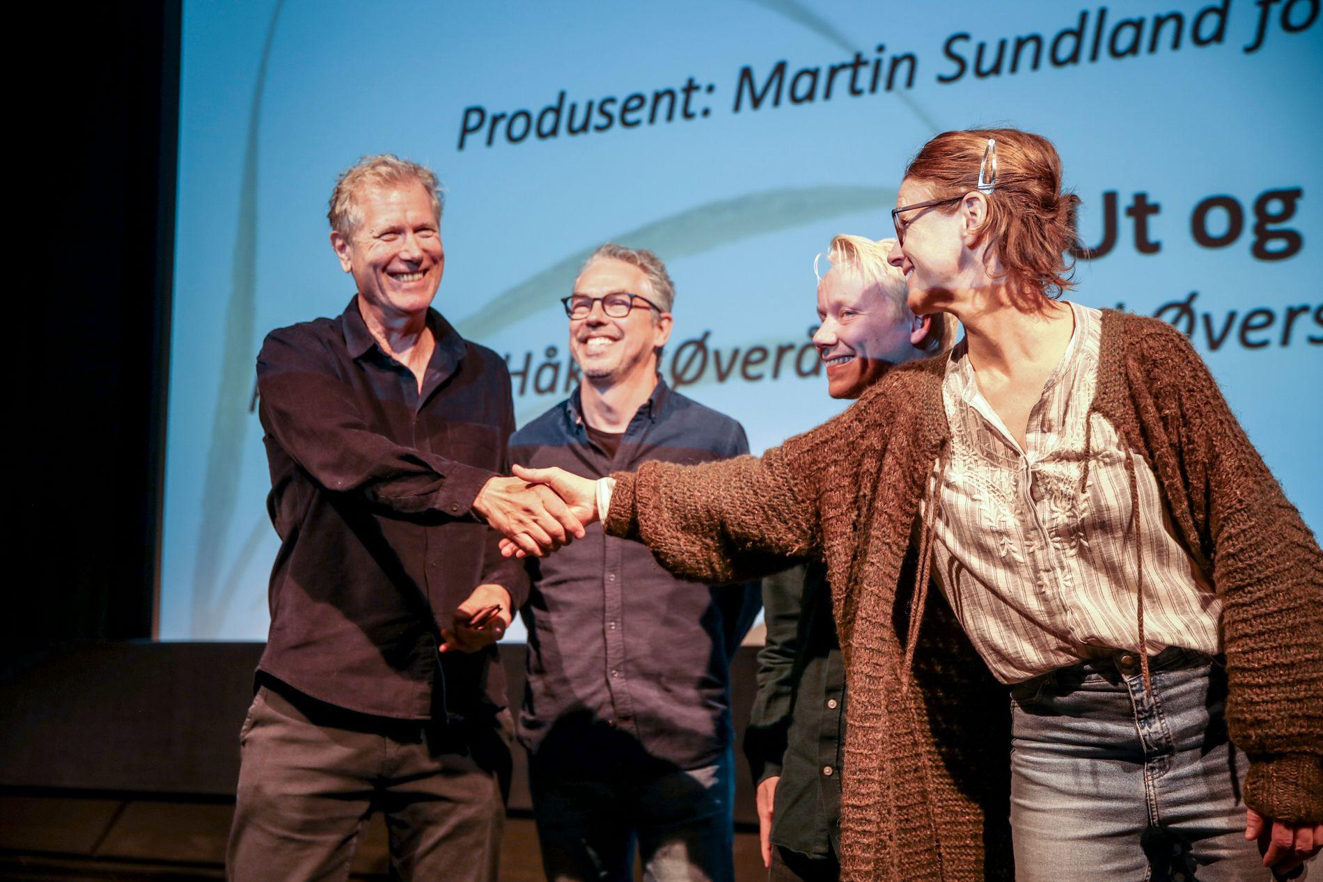 NOMINERT: Hans Petter Moland (t.v.), er nominert for beste regi og beste norske kinofilm med «Ut og Stjæle hester».
