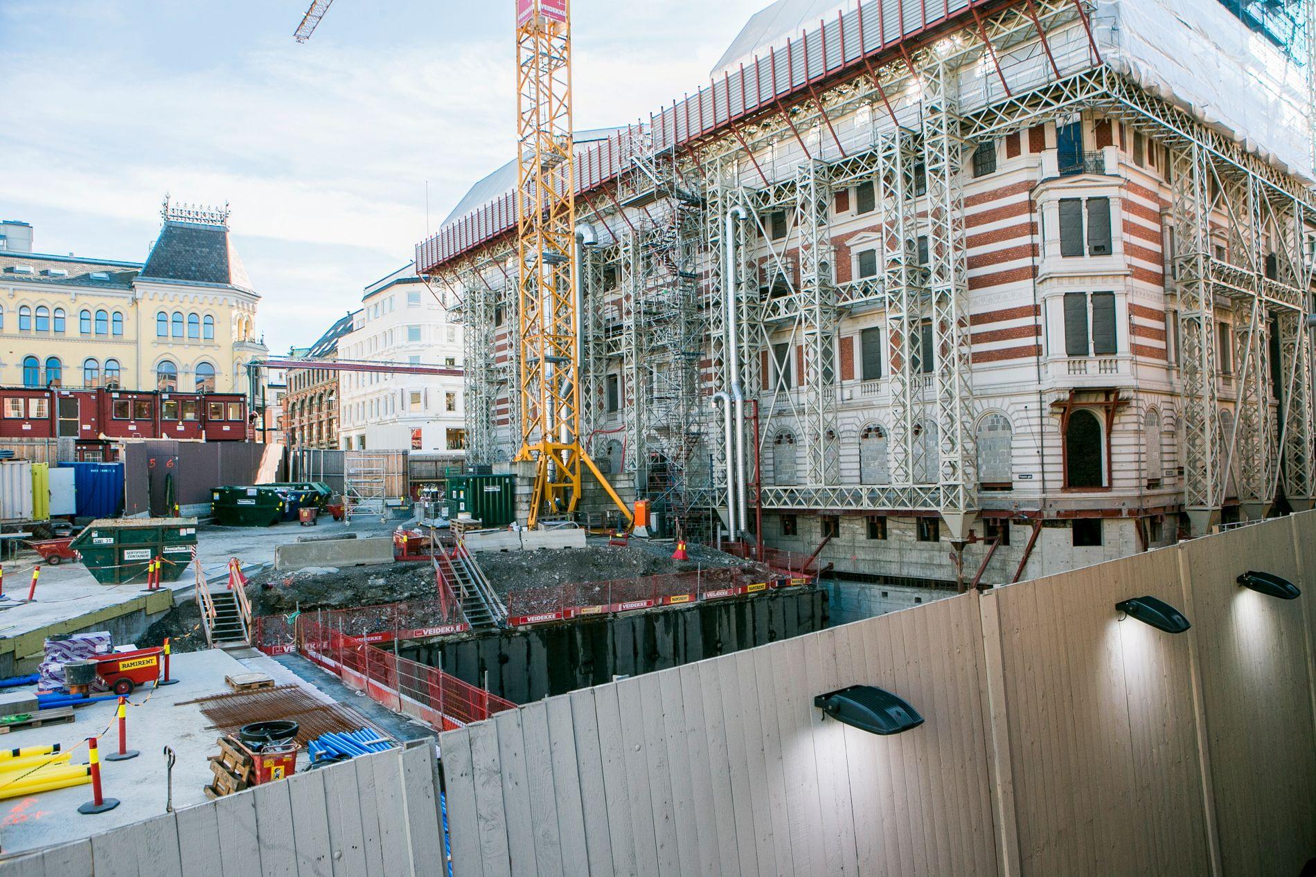 SPRAKK: Stortingets store byggeprosjekt med ny tunnel til garasjen og rehabilitering av Prinsens gate 26, er gransket av Riksrevisjonen som gir kritikk på flere punkter.