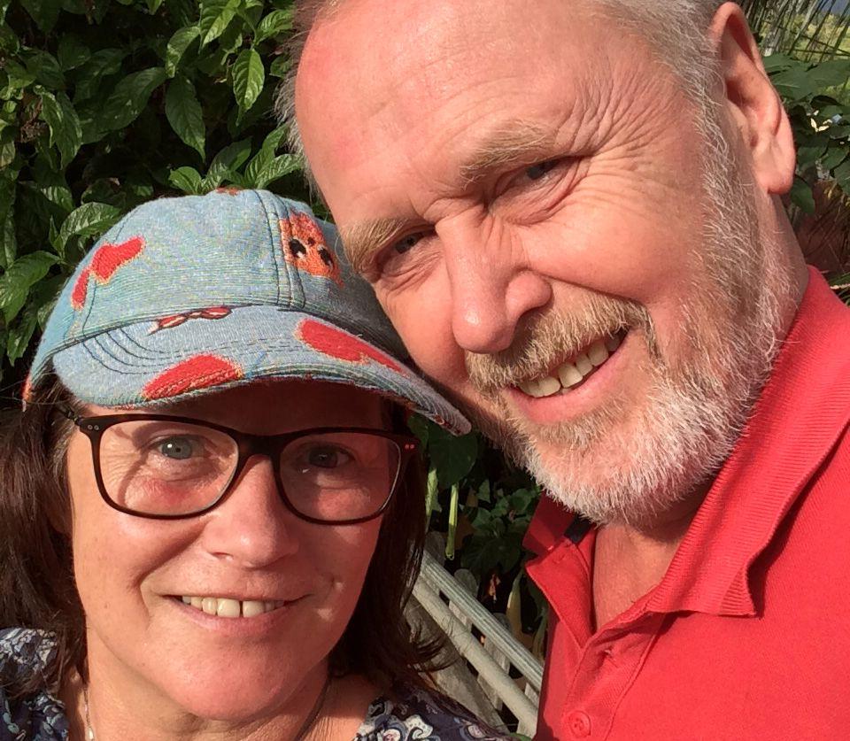 PÅ REUNION: Det norske kjæresteparet Karin Magnus og Jan F. Dahl er på vinterferie på den franske øya.