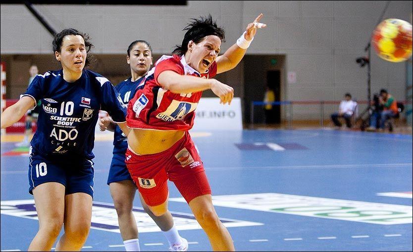 SEIER: Anja Edin og Norge knuste Chile, men lyktes ikke med å sette målrekord. Foto: Scanpix