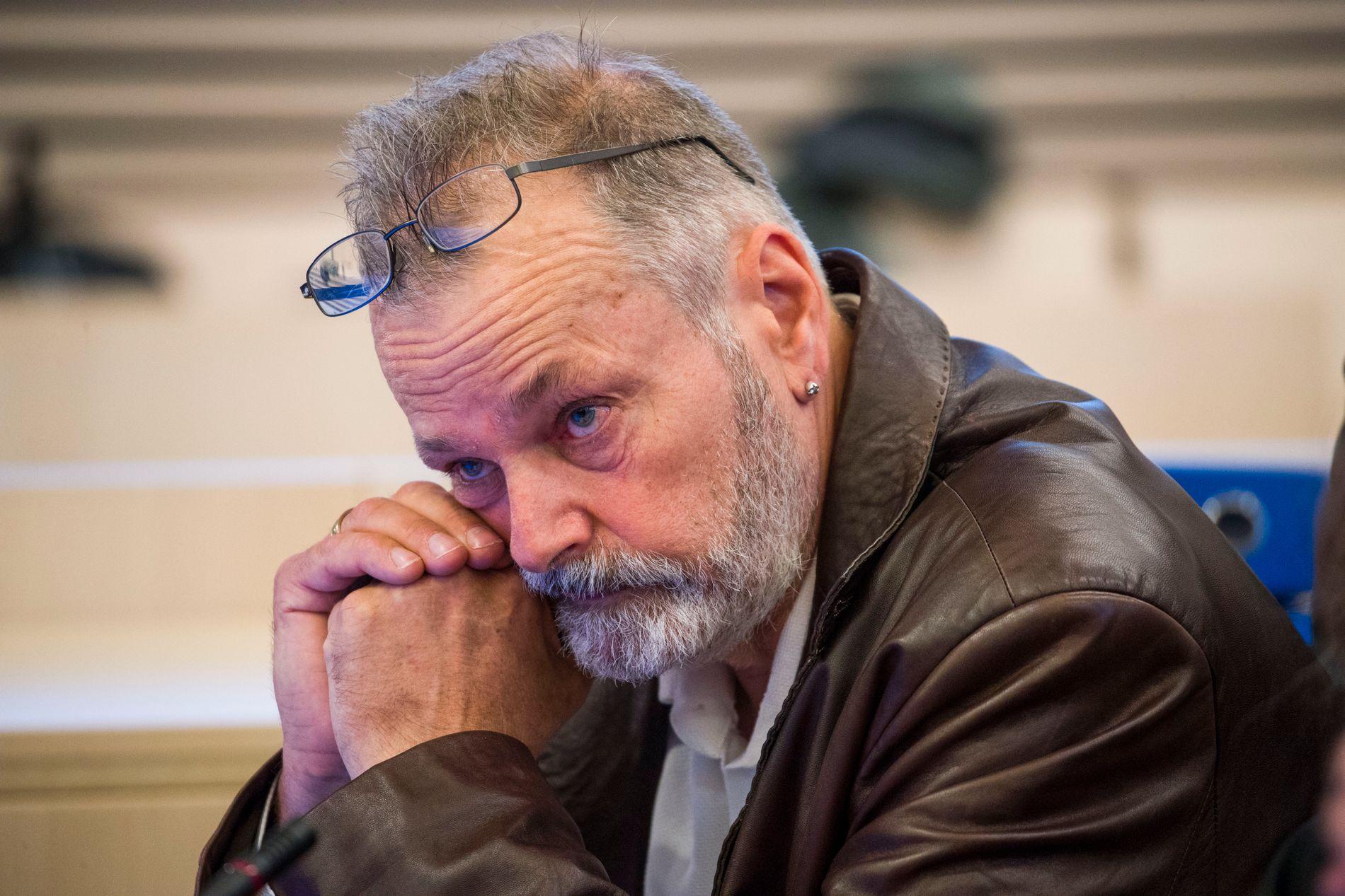 TILTALT: Den tidligere politimannen Eirik Jensen avbildet på første dag av rettssaken i lagmannsretten.