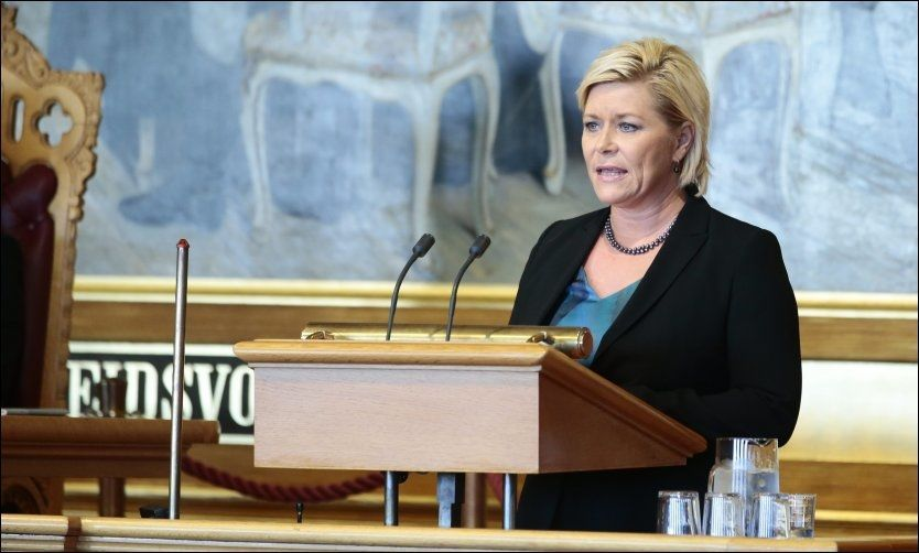 Finansminister Siv Jensen (Frp) i Stortinget i dag for å fortelle hvem som får mer og mindre i hennes nye statsbudsjett. Foto: Håkon Mosvold Larsen / NTB scanpix