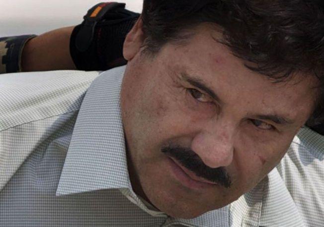 PÅ FRIFOT - IGJEN: Lederen for det mexicanske Sinaloa-kartellet, Joaquin «El Chapo» Guzman, her avbildet i 2014, er på rømmen fra fengsel for tredje gang på 14 år.