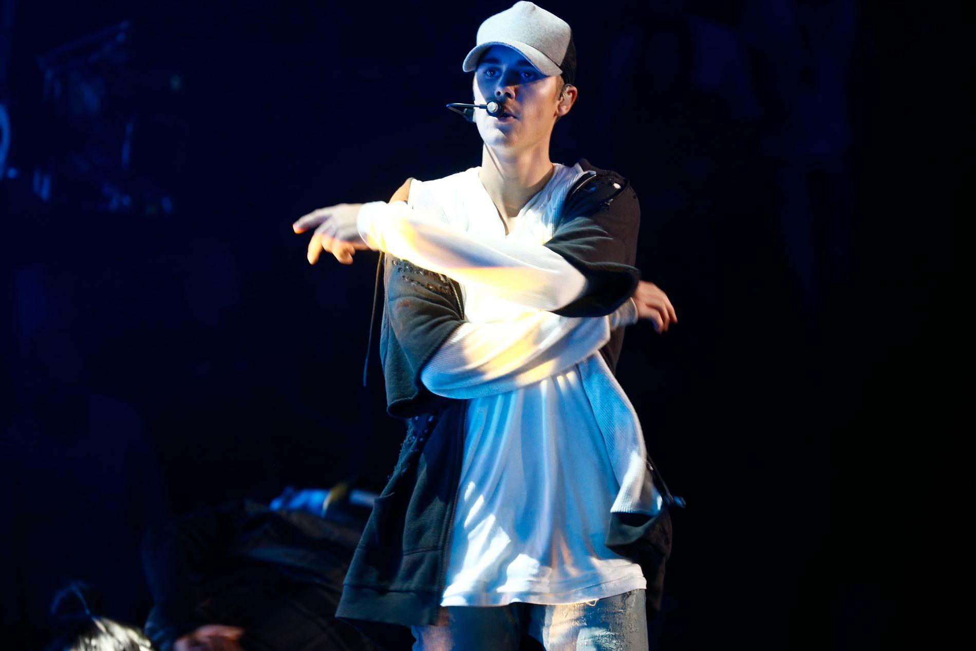 FORLOT SCENEN: Justin Bieber gikk av scenen under konserten på Chateau Neuf i 2015. FOTO: MATTIS SANDBLAD/VG