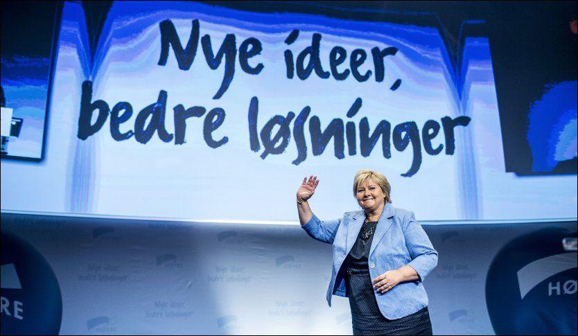 FAVORITT: Høyre-leder Erna Solberg scorer høyest når velgerne skal vurdere hvilken av statsministerkandidatene som er best skikket til å håndtere viktige saker i samfunnet. Foto: Stian Lysberg Solum / NTB scanpix