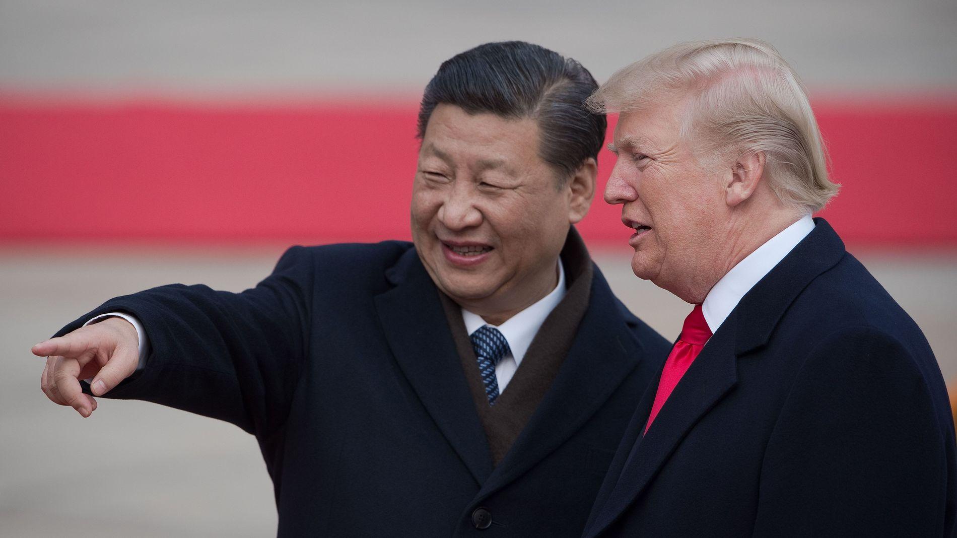 FORHOLDET KJØLNER: President Xi Jinping i Kina og president Donald Trump møttes i Beijing i november i fjor.