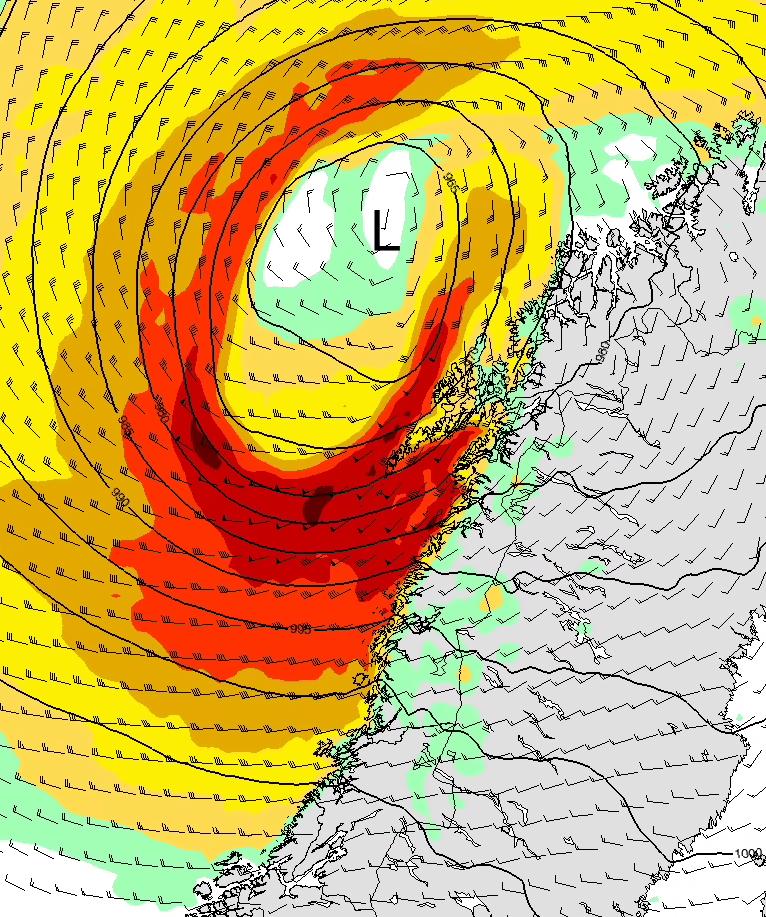 MYE VIND: Den sterkeste stormen er ventet å treffe kysten lørdag morgen.