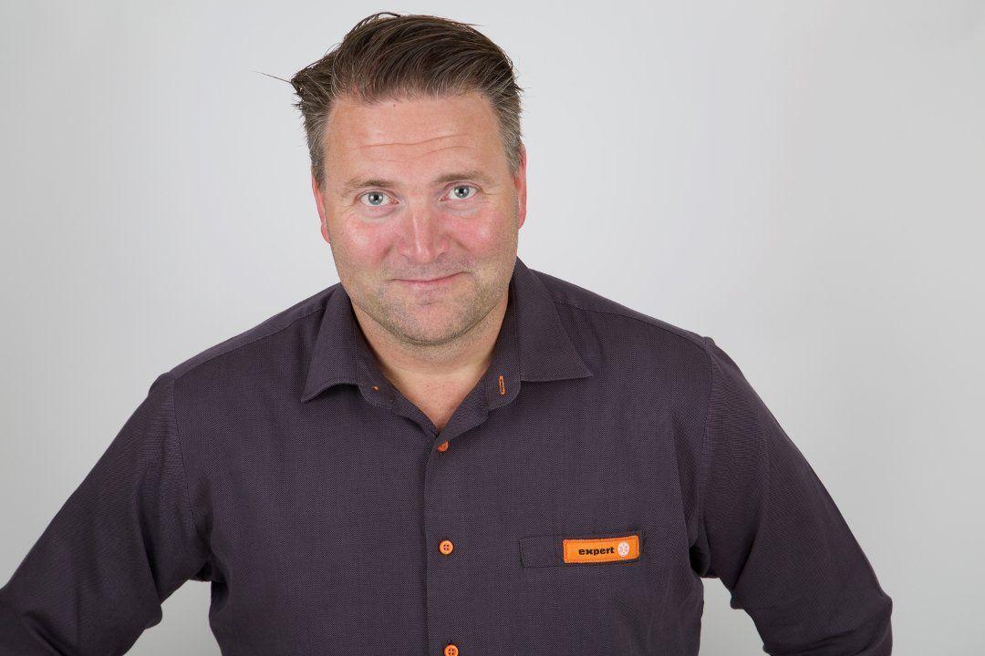 TAR FEIL: – Når Morten Hovland i Expert-ledelsen fremstiller det som om ledelsen ønsket å belønne dyktige ansatte bedre enn Handel og Kontor tillater, så er det en elementær misforståelse, skriver Cathrine Sandnes.