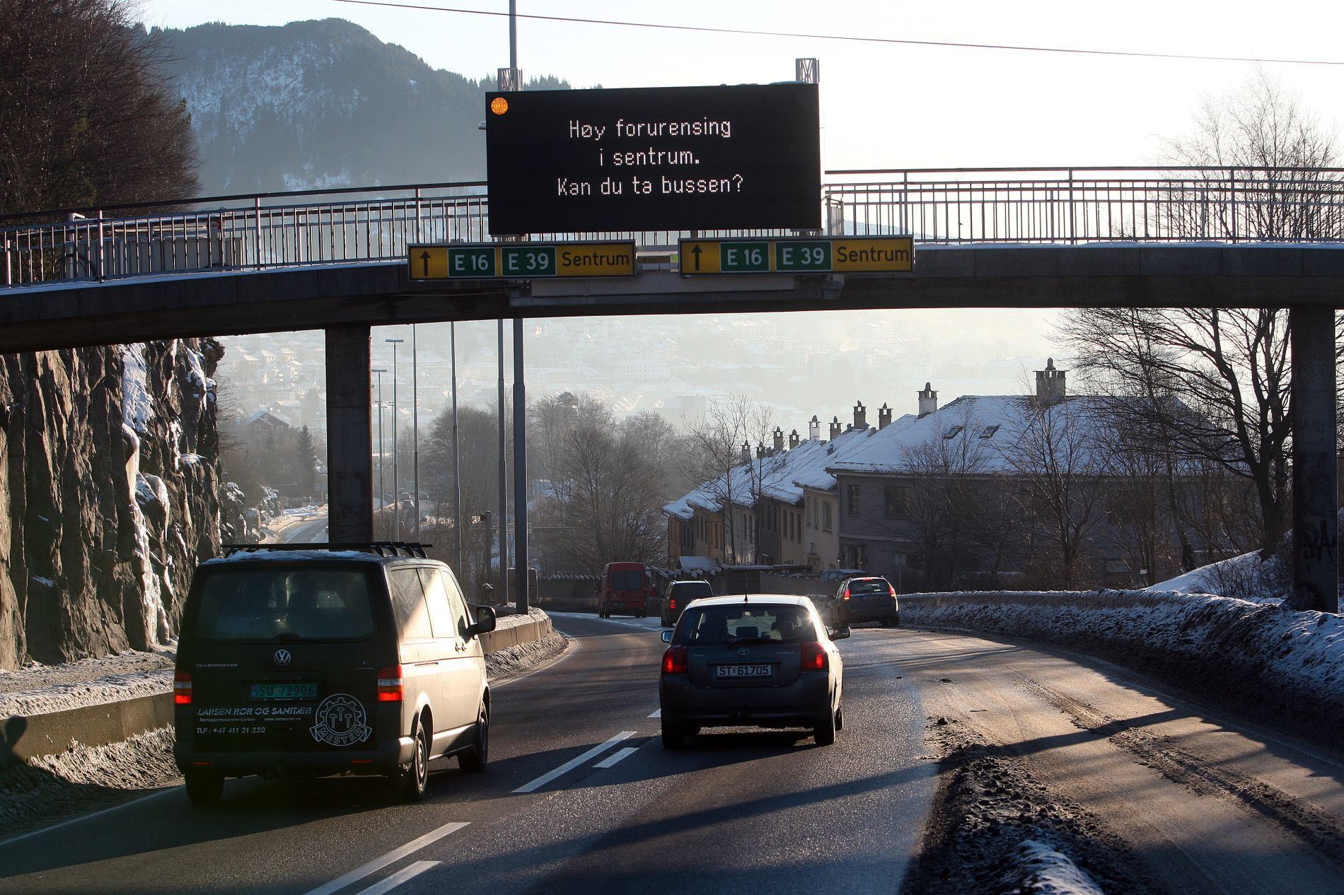 BERGEN: Oppfordring til bergenske bilister i 2010.