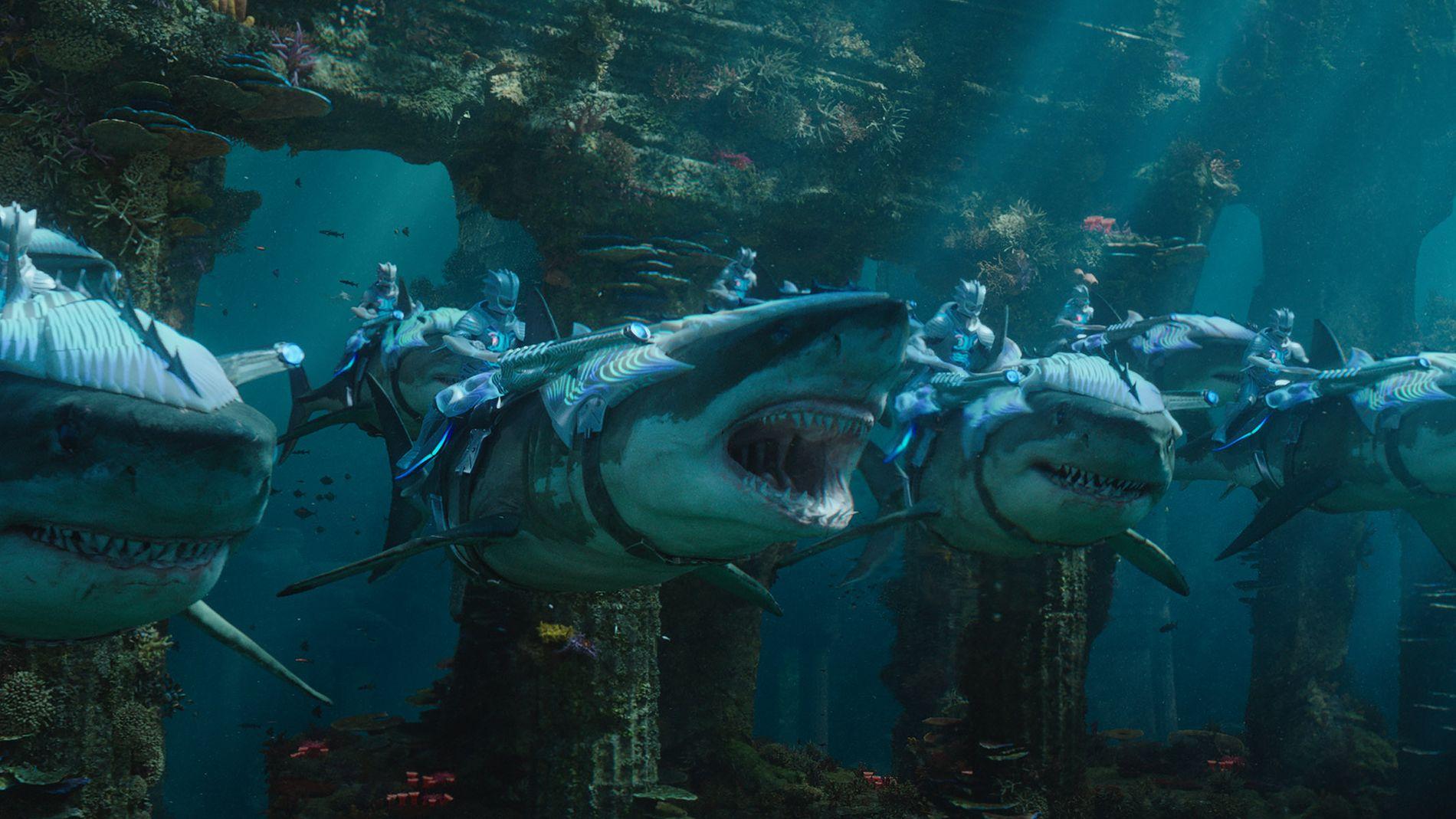 KRIG MELLOM KONGER: I «Aquaman» presenteres en rekke undersjøiske kongeriker på elegant vis.
