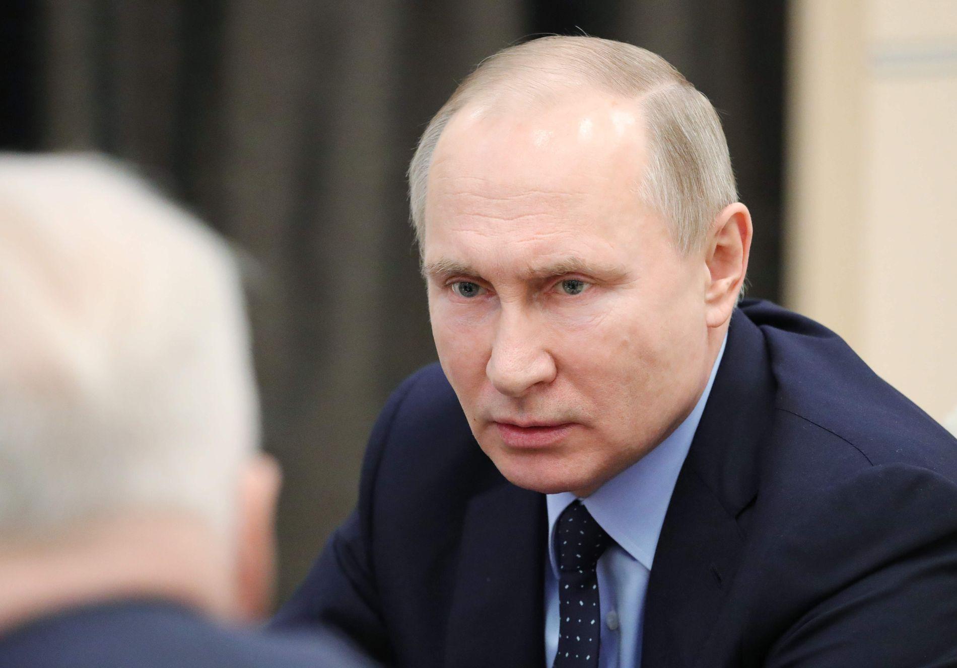 FORDØMMER ANGREPET: President Vladimir Putin mener angrepet i Syria gjør situasjonen verre.