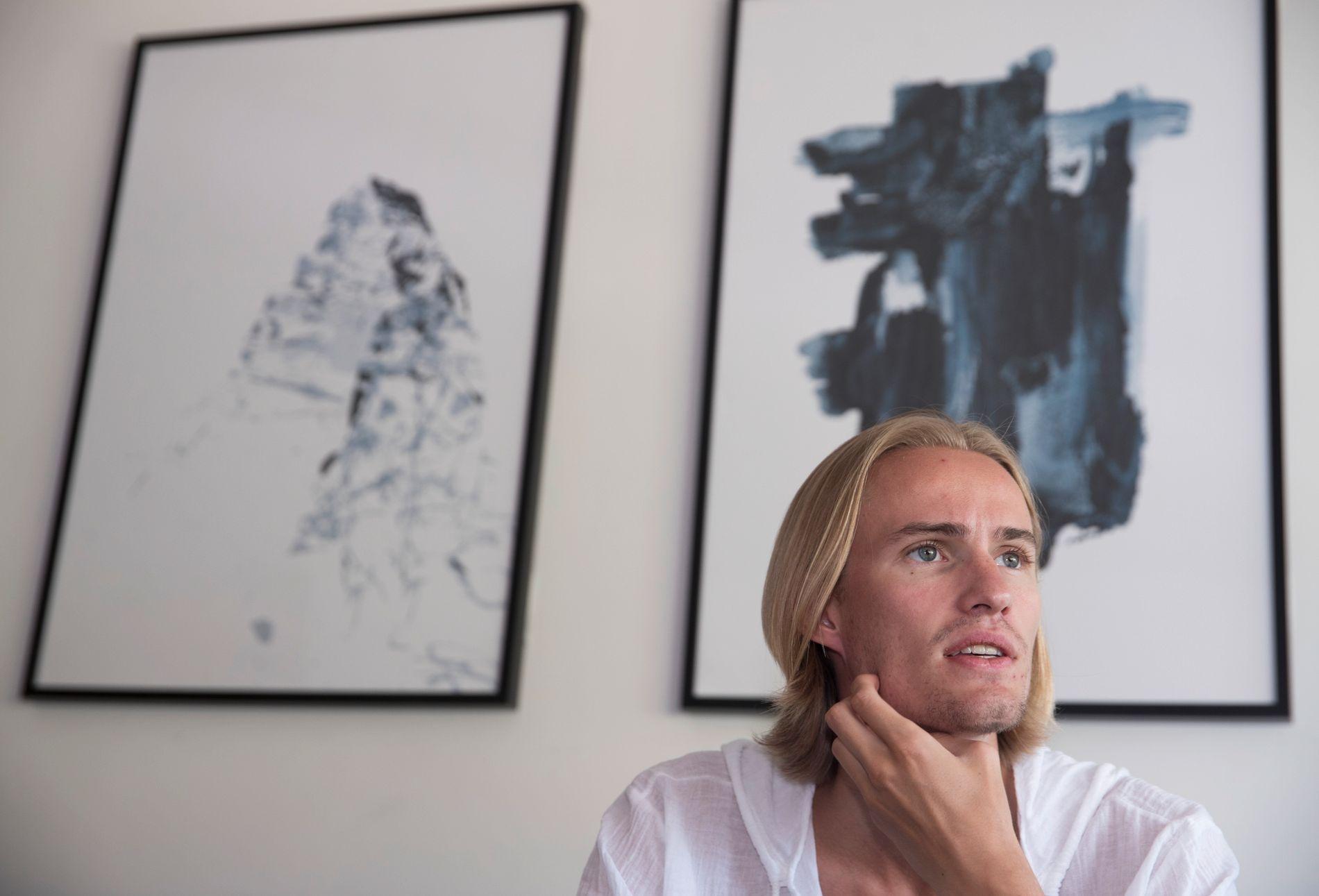HOPPET FOR LANGT: Daniel-André Tande er igjen skadd i venstrekneet og er satt ut av spill i seks uker.