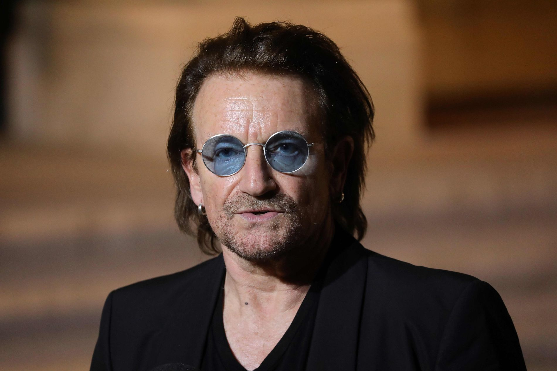UT MOT ÅKESSON: Under en konsert i Paris brukte Paul David Hewson, bedre kjent som Bono, anledningen til å kritisere Jimmie Åkesson.
