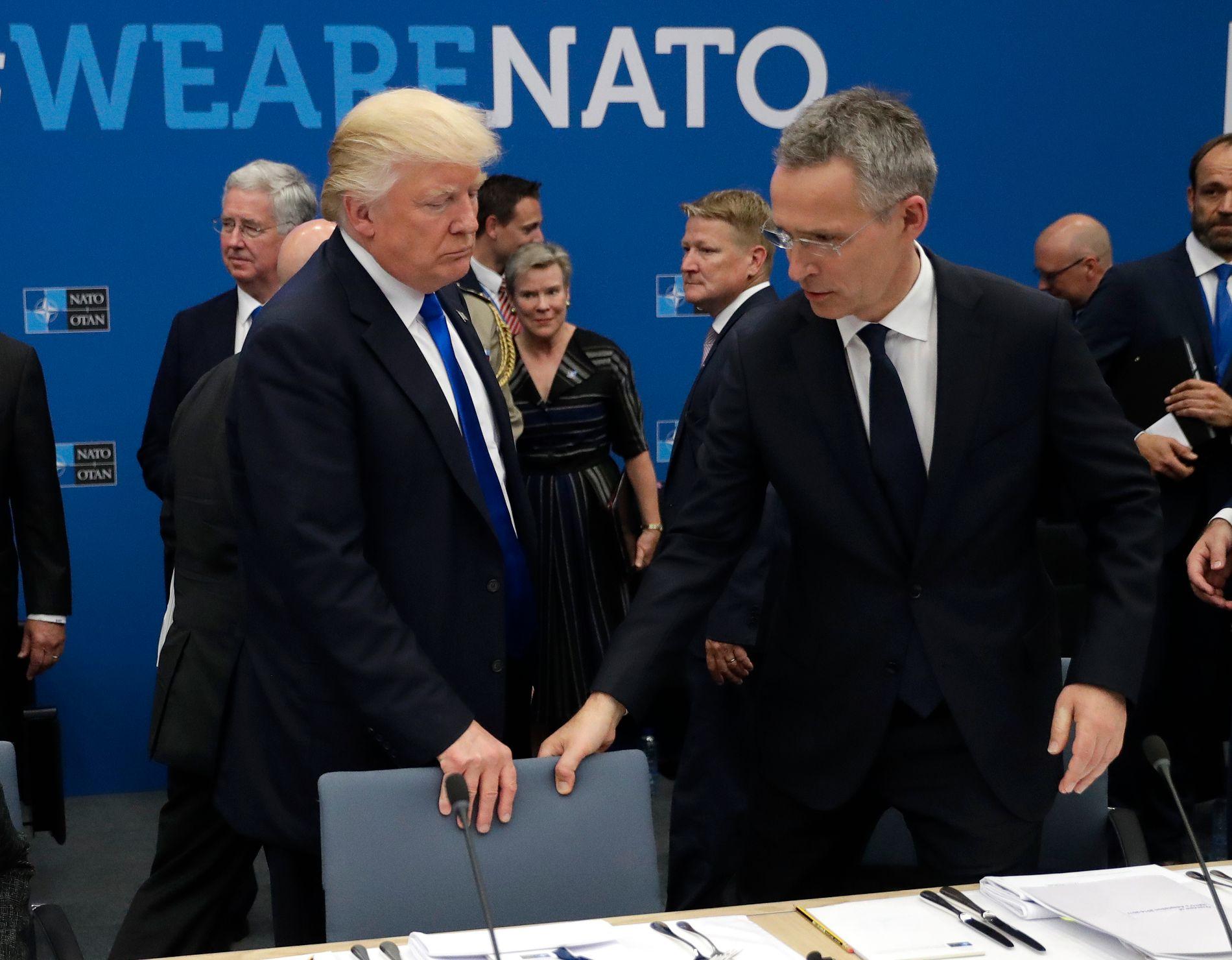 NATO-RABALDER: USAs president Donald Trump har vær hard i sin kritikk av de andre medlemslandene i NATO, og denne uken får Stoltenberg ansvaret for å holde medlemslandene samlet på tross av uenighetene. Her fra et treff i mai i fjor.