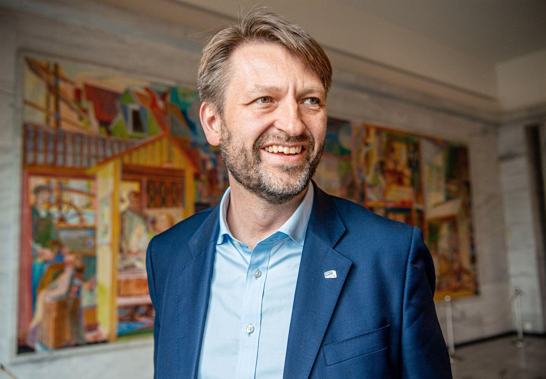 BOMPENGELENS: Høyres byrådslederkandidat Eirik Lae Solberg er åpen for å samarbeide med Bompengepartiet etter valget i september.