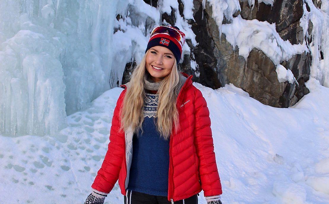 GRUER SEG: Karina Haukland (25) liker egentlig sin gamle hjemby Alta. Men hun gruer seg til å feire jul der.