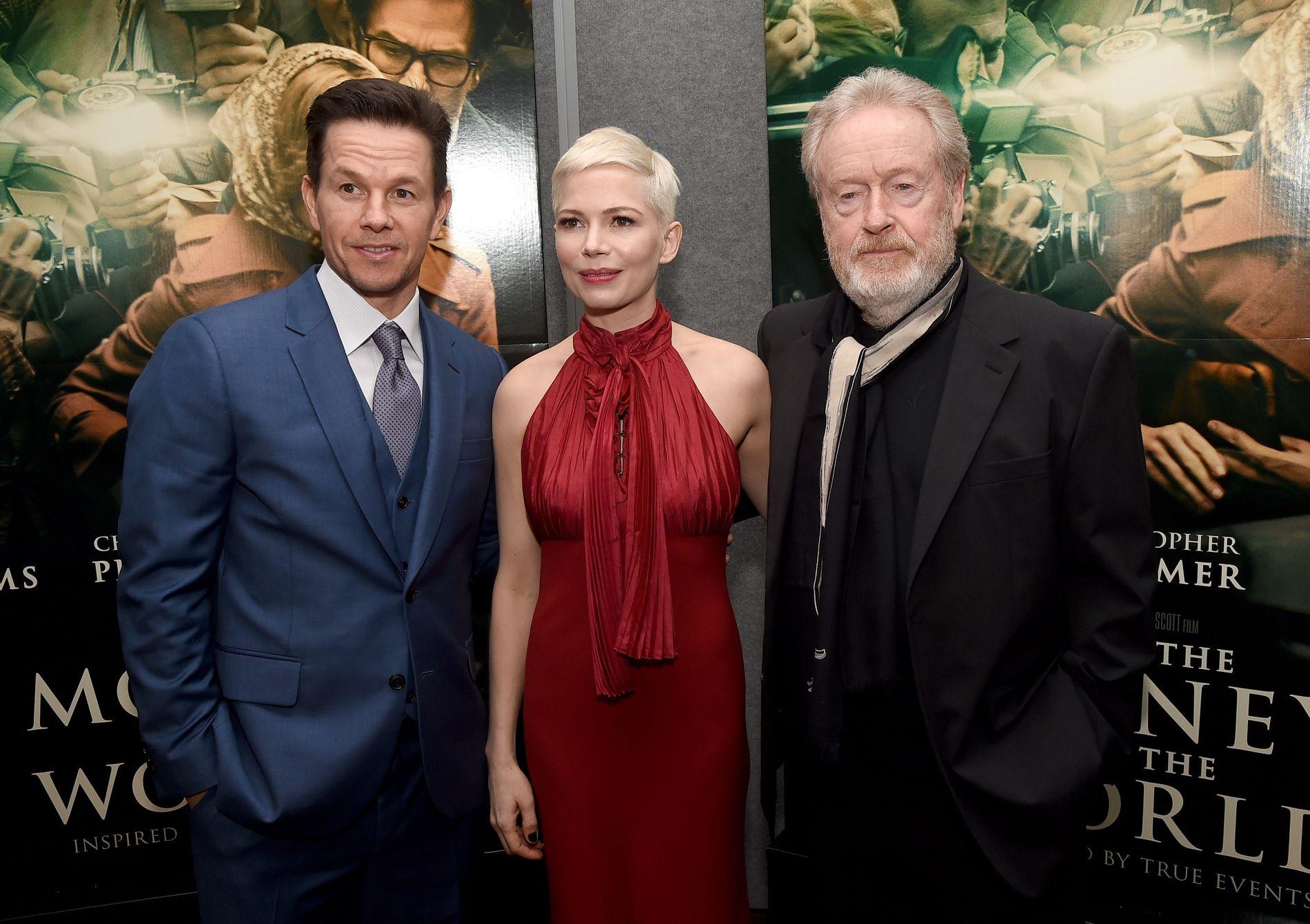 PÅ PREMIERE: Mark Wahlberg, Michelle Williams og regissør Ridley Scott på premiere for filmen «All the Money in the World».