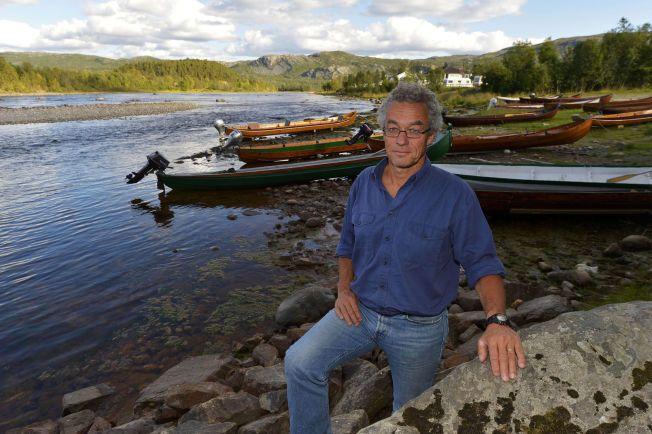 KAMP OM ELVEN: Talsmann og frontfigur i Miljøpartiet de grønne, Rasmus Hansson tilbake ved Altaelva.