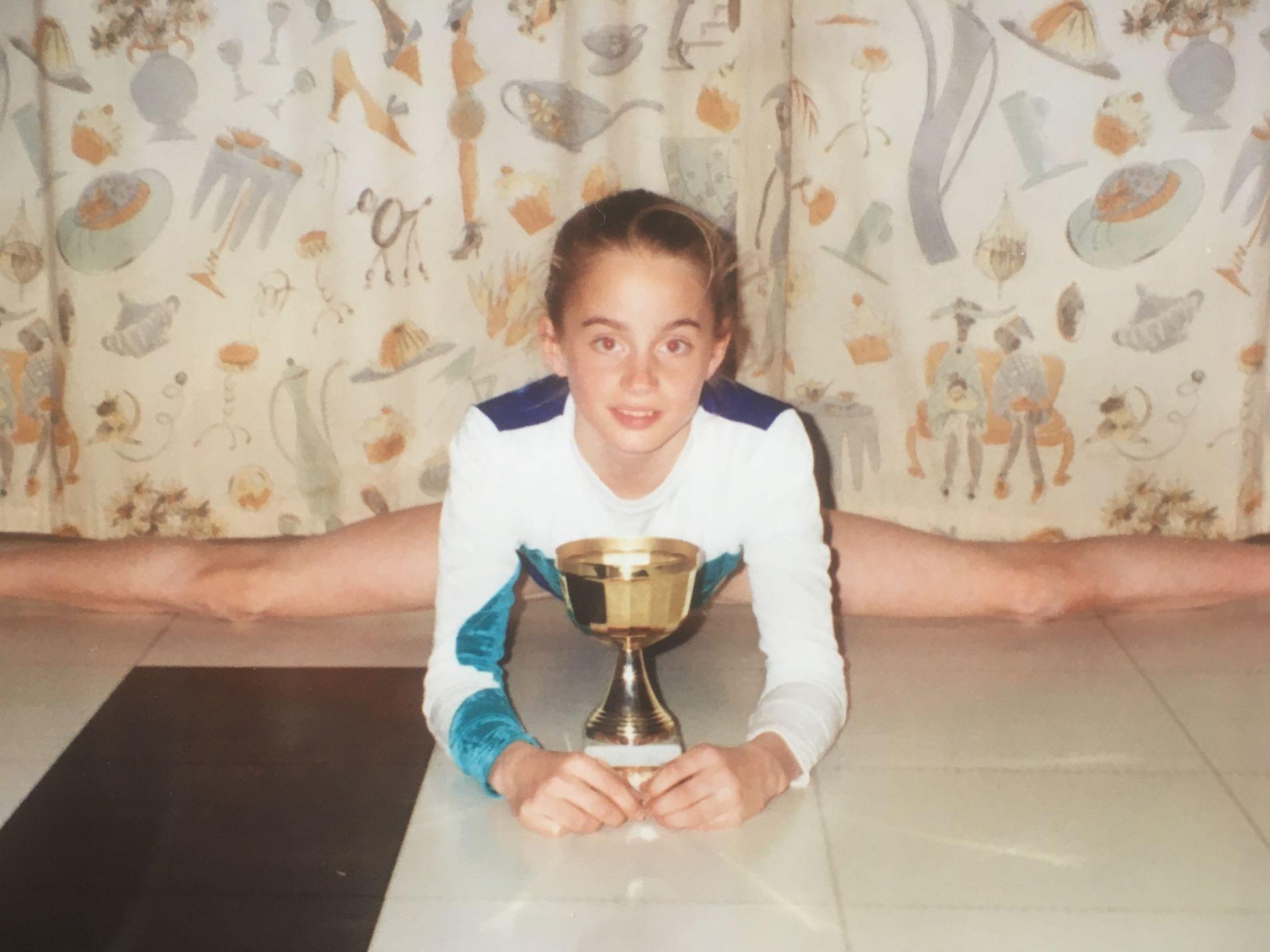 13 ÅR OG GOD: Janne Amble Haugan samme år som foreldrene stoppet henne fra å fortsette som lovende turner.