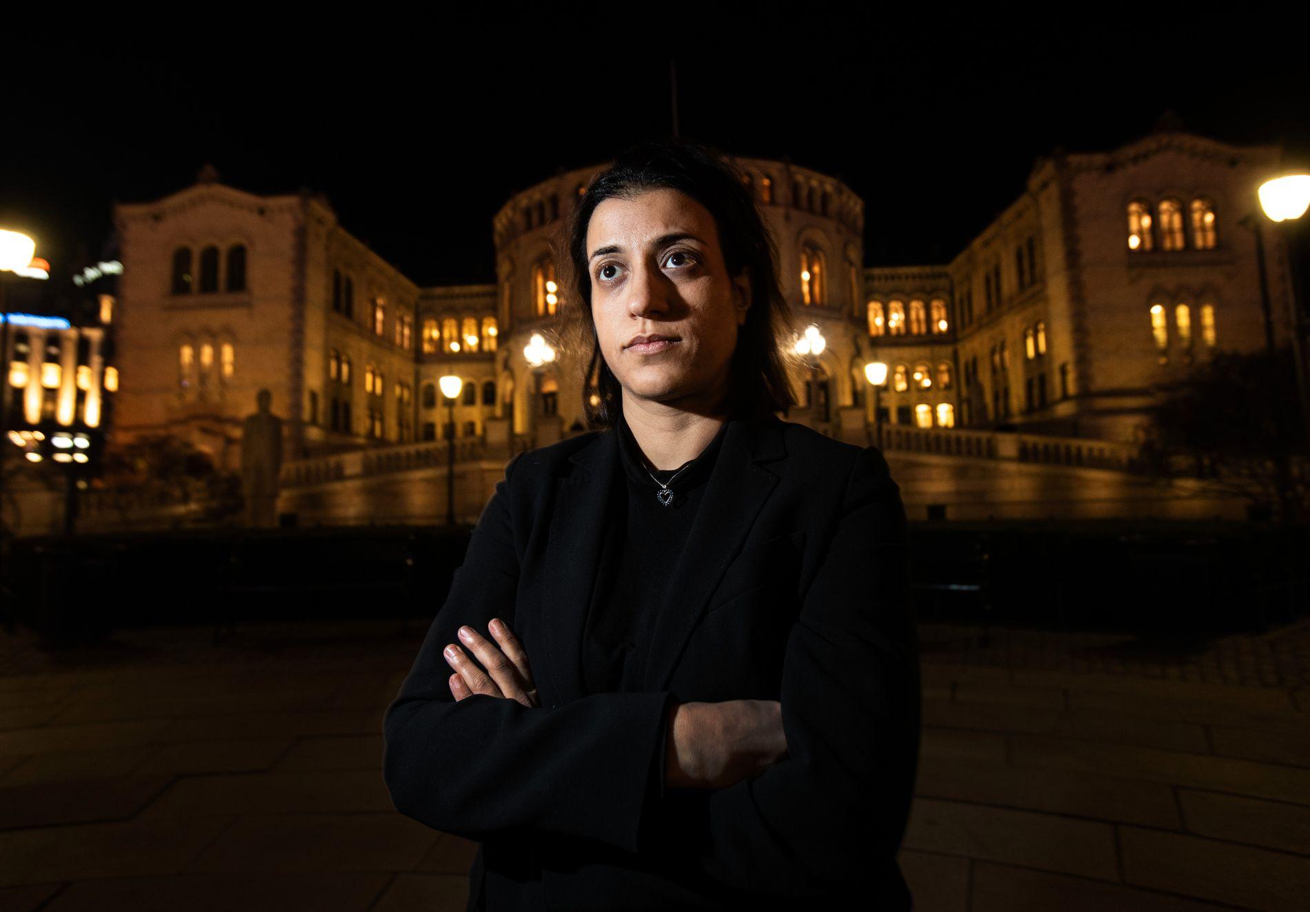 SINT: Stortingsrepresentant Sheida Sangtarash (SV) er opprinnelig fra Iran, der abort er forbudt. Hun reagerer kraftig på Erna Solbergs (H) åpning for å gjøre endringer i abortloven.