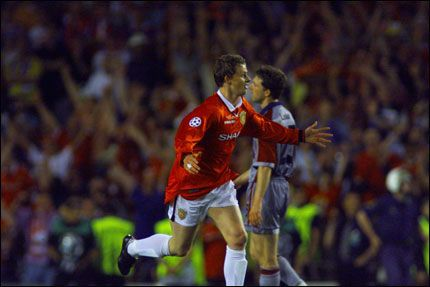 AVGJØRELSEN: Ole Gunnar Solskjær har nettopp avgjort Champions League-finalen i 1999 til Manchester Uniteds fordel. Foto: Jan Johannessen / VG