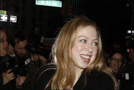 0ebe60b2 Ekteparet Bill og Hillary Clintons datter, Chelsea Clinton, skal gifte seg i  løpet av juli måned.